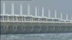 Deltaworks oosterscheldedam stormvloedkering pijlerdam close 502003 033050 Stock Footage