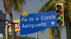 Stock Video Footage of Airport road signage spanish