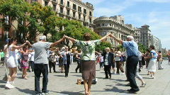 Circle dance in Barcelona Stock Footage