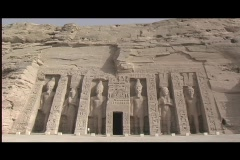 Abu simbel queen temple exterior Stock Footage