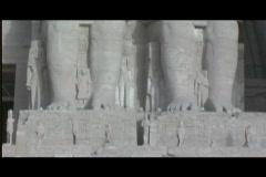 Abu simbel exterior statue pan up 2 Stock Footage