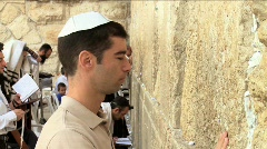 Western Wall - Believer pray Stock Footage