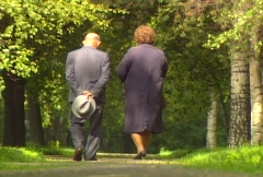 Old couple park Stock Footage