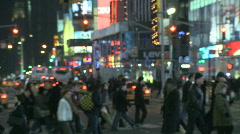 TiSq0055 pedestrians zoom Stock Footage