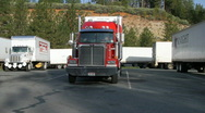 Big rig  trucking Stock Footage