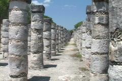 Chitzen-Itza-Yucatan-Peninsula-Mayan-Ruins-Columns-2 Stock Footage