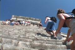 Chitzen-Itza-Yucatan-Peninsula-Mayan-Ruins-Pyramid-1 Stock Footage