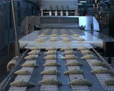 Сonveyor with croissants 05 Stock Footage