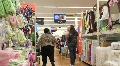 Bulky Shopper 1 HD Footage
