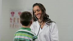 Nainen lääkärin lapsen Arkistovideo