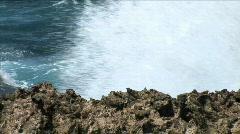 Aruba Ironshore Waves-cu-zoom Stock Footage