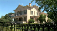 Garden District House-2-zooms Stock Footage