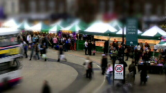 Tilft shift of street market, traffic and bus HD Stock Footage
