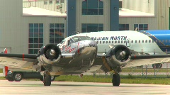 Aircraft, Beech expeditor taxi and shut down, YYC Stock Footage