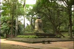 Garden Memorial Monument-zoom Stock Footage