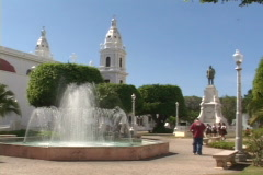 Ponce Fountain-ws Stock Footage