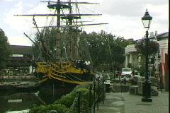 St Katherine's Dock-pan Stock Footage