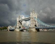 Tower Bridge 07 PAL Stock Footage