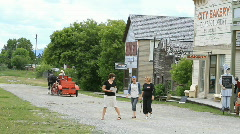 Fort Steele road tourists P HD 1116 Stock Footage