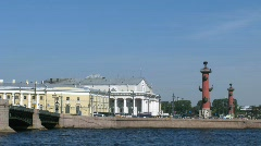 Old Saint Petersburg Stock Exchange and movement of cars on the Palace bridge in Stock Footage