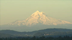 ZOOM OUT SNOWCAPPED MOUNT HOOD_PORTLAND Stock Footage