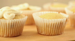 Muffin topping Stock Footage