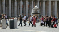 Tourist in Saint Peter Square, Rome Stock Footage