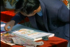 China, Beijing, Calligrapher draws, medium shot Stock Footage
