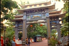 Singapore Tiger Balm Gardens, main gate, wide shot Stock Footage