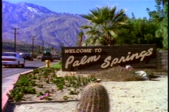 Welcome to Palm Springs sign Stock Footage