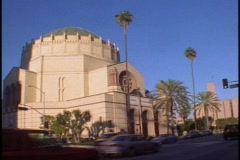 Wilshire Boulevard synagogue Stock Footage