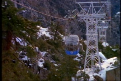 Palm Springs tram, up snow cover mountain Stock Footage