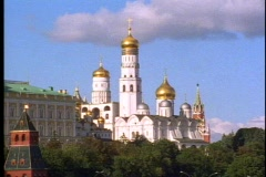 Kremlin Cathedral, white with five gold onion domes, still, Moscow,  Russia Stock Footage