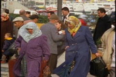 2 women in scarves Stock Footage
