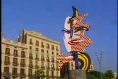 Roy Lichtenstein modern statue,  pan right Stock Footage