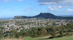 View of Edinburgh City and Arthurs Seat, Scotland Stock Footage