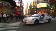 Crime and justice, NYPD police cars emergency response, zoom in Stock Footage