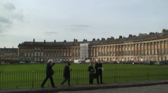 Tourists at The Royal Crescent in Bath Stock Footage