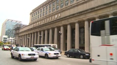 Chicago Union station and traffic Stock Footage