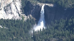 Yosemite National Park zoom-out Stock Footage