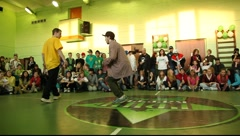 Breakdancer in peaked cap, 2x2 battle Stock Footage