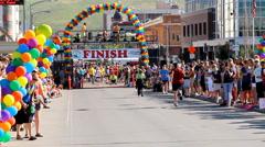 Marathon finish line 2 Stock Footage