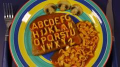 Alphabetti toast Stock Footage