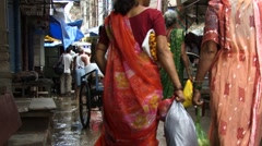 Typical Indian street (w/sound) Stock Footage