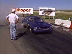 Motorsports, drag racing 1977 Mustang burnout, loud and fast! Stock Footage