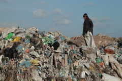 Working in a landfill Stock Footage