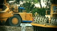 Tractors-earthmover-construction man Stock Footage