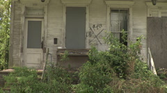 Abandoned house (uncut) Stock Footage