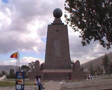 Mitad del Mundo, globe monument Stock Footage