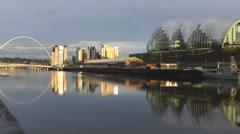 River Tyne in low evening sunlight, Millenium Bridge, Sage & Baltic Arts Stock Footage